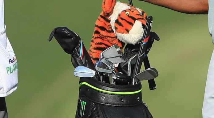 Tiger Woods golf bag TOUR Championship